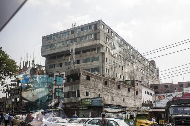 hoe veilig zijn de fabrieken van h u0026m in bangladesh