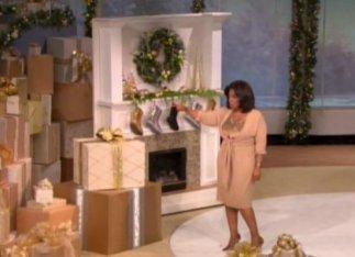Oprah Winfrey met op de achtergrond de laarzen van UGG boven de openhaard